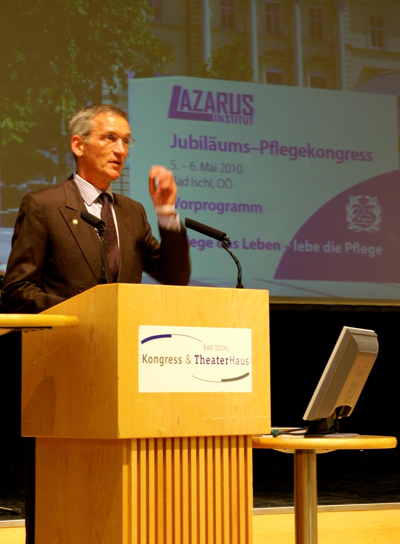Eröffnung und Begrüßung durch Chefredakteur Erich M. Hofer